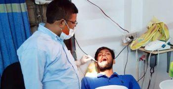 ভুয়া চিকিৎসক জামাই প্রেসক্রিপশন লেখে, শ্বশুর করে স্বাক্ষর | ChannelCox.com